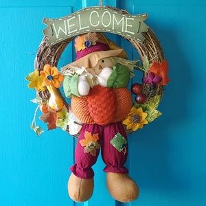 Welcome Scarecrow Wreath - medium